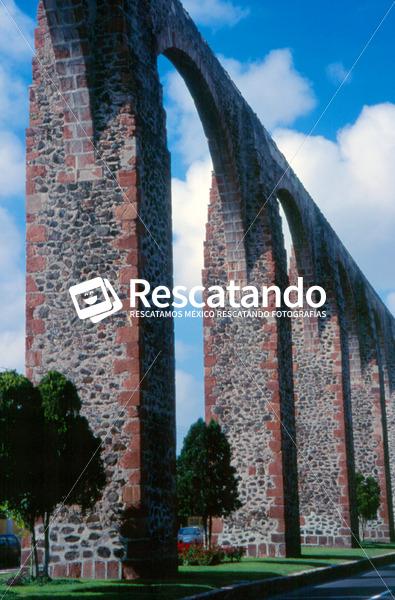 Acueducto - Rescatando
